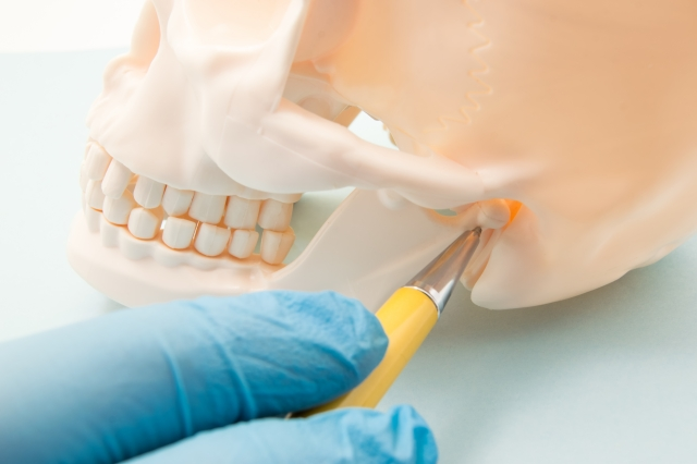 TMJ headache - surgery - savina dental clinics