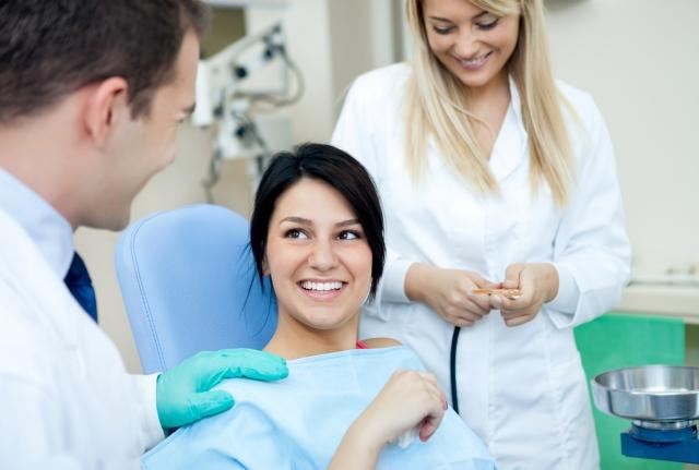 crowns versus veneers which is best - savina dental clinics malta and gozo